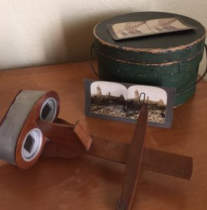 Woodward stereoscope. Photo by author.